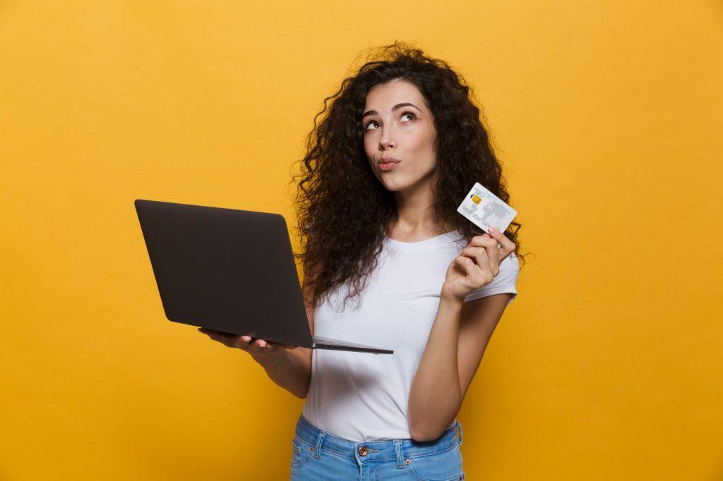 4 dicas essenciais para quem vai solicitar um cartão de crédito novo