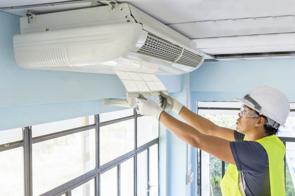 Calor faz aumentar busca por ar-condicionado em 400% - saiba como escolher os BTUs corretos