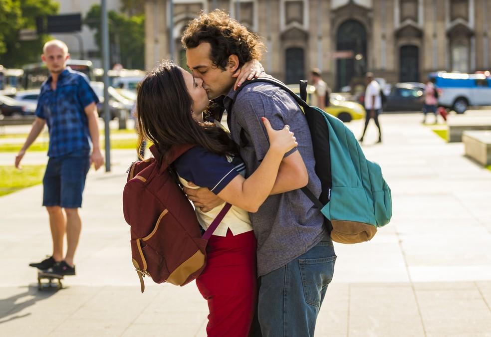 Shippados - Série sobre  relacionamentos modernos
