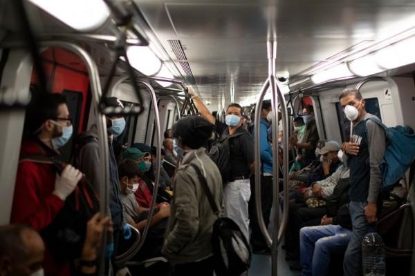 Maduro Tightens Measures to Combat Coronavirus