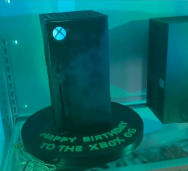 Snoop Dogg Gets an Xbox Series X Fridge Birthday Gift from Microsoft
