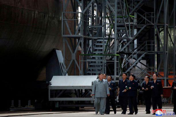 Coreia do Norte está construindo dois novos submarinos capazes de disparar mísseis balísticos mortais