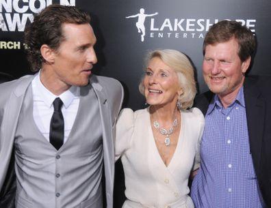 Matthew McConaughey, mãe