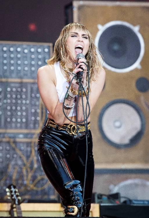 Miley Cyrus diz que ficou sóbria por medo de entrar no 'The 27 Club'