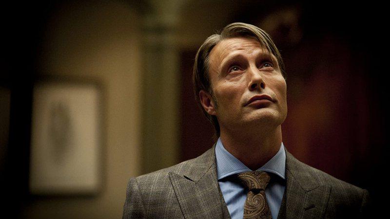 Mads Mikkelsen quer mais uma temporada de Hannibal para explorar o silêncio dos inocentes