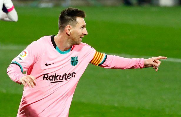 Lionel Messi disse que não bateu o recorde de Pelé no Santos, ex-ícone brasileiro