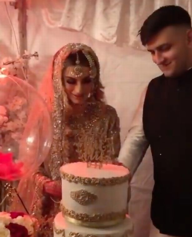 Zayn Malik parece abatido na primeira saída pública desde o nascimento da filha bebê