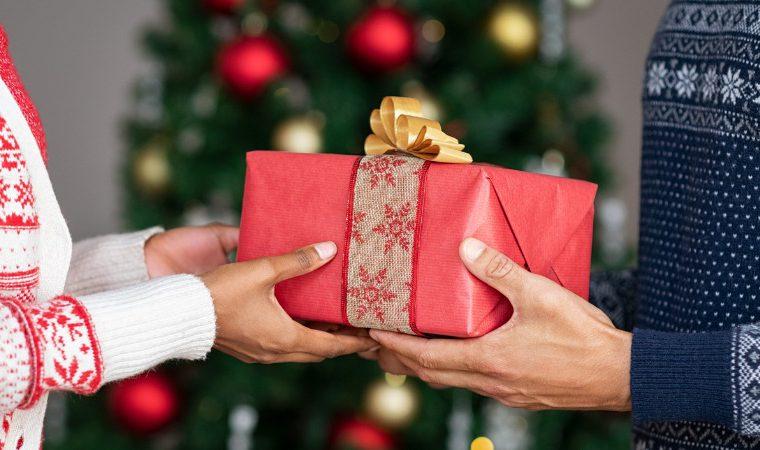 As pessoas estão compartilhando os piores presentes de Natal que ganharam