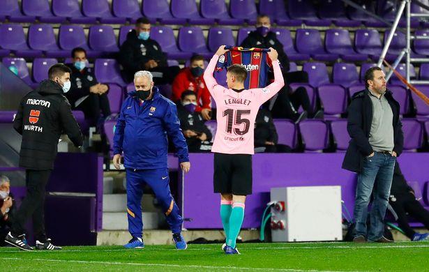 Lionel Messi supera Pelé para estabelecer novo recorde de gols com 644º gol do Barcelona