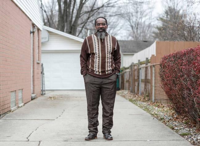 Homem condenado injustamente por assassato, é libertado após 38 anos de prisão