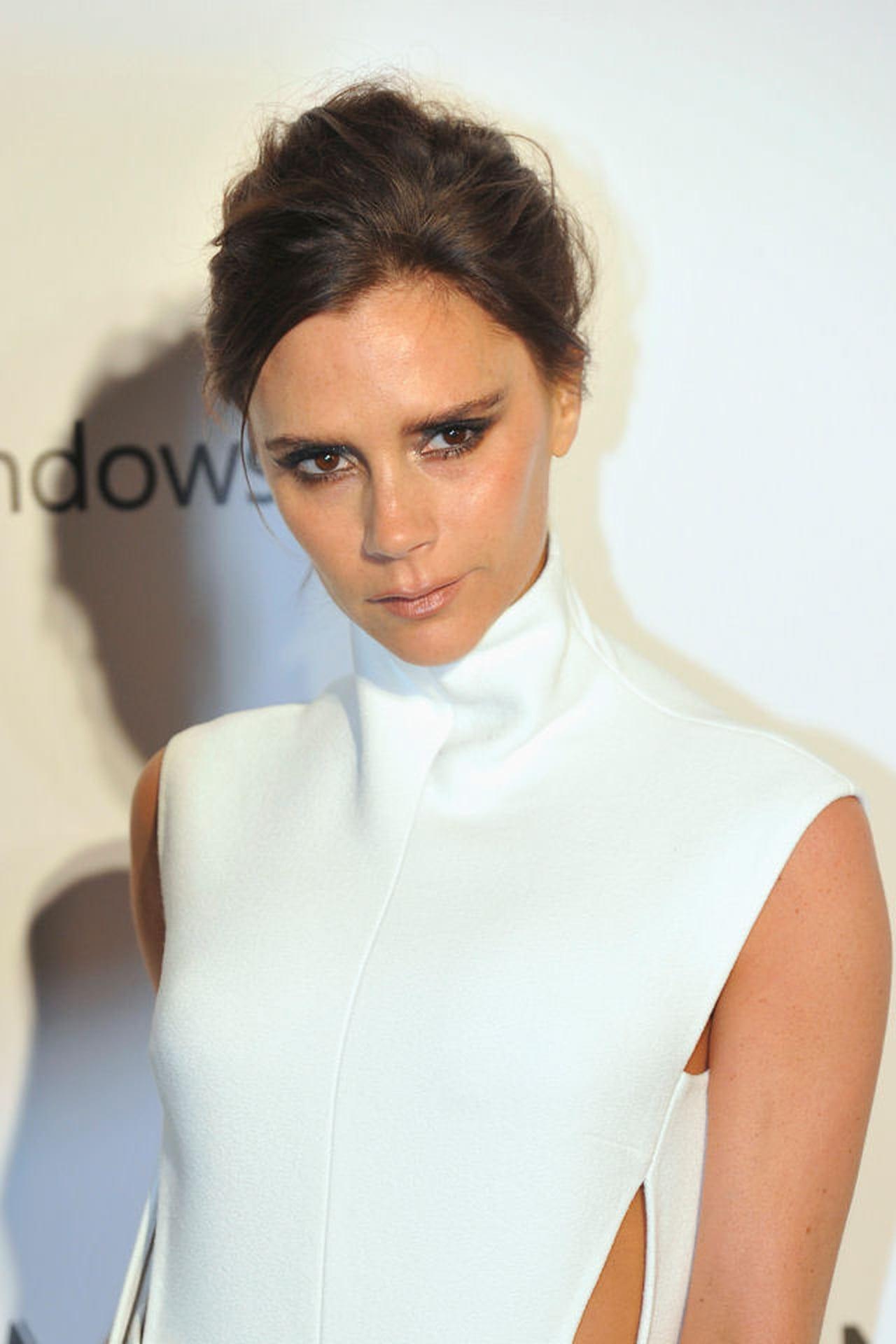 Victoria Beckham diz que a 'paixão' de Elton John a inspirou a sair das Spice Girls