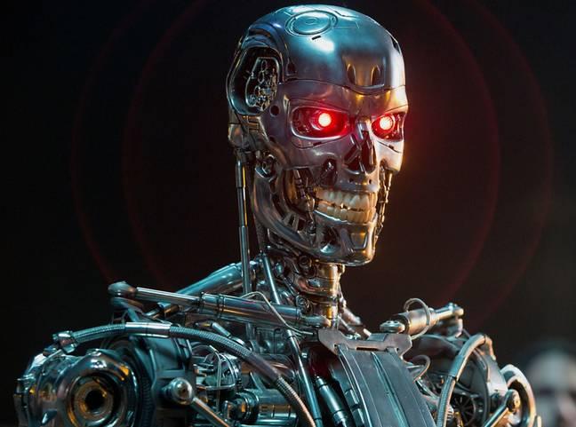 Tom Cruise 'compra dois robôs Covid Secure' para patrulhar o set de missão impossível