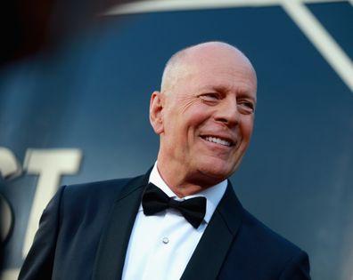"""Bruce Willis é supostamente expulso de uma loja por """"se recusar"""" a usar uma máscara"""